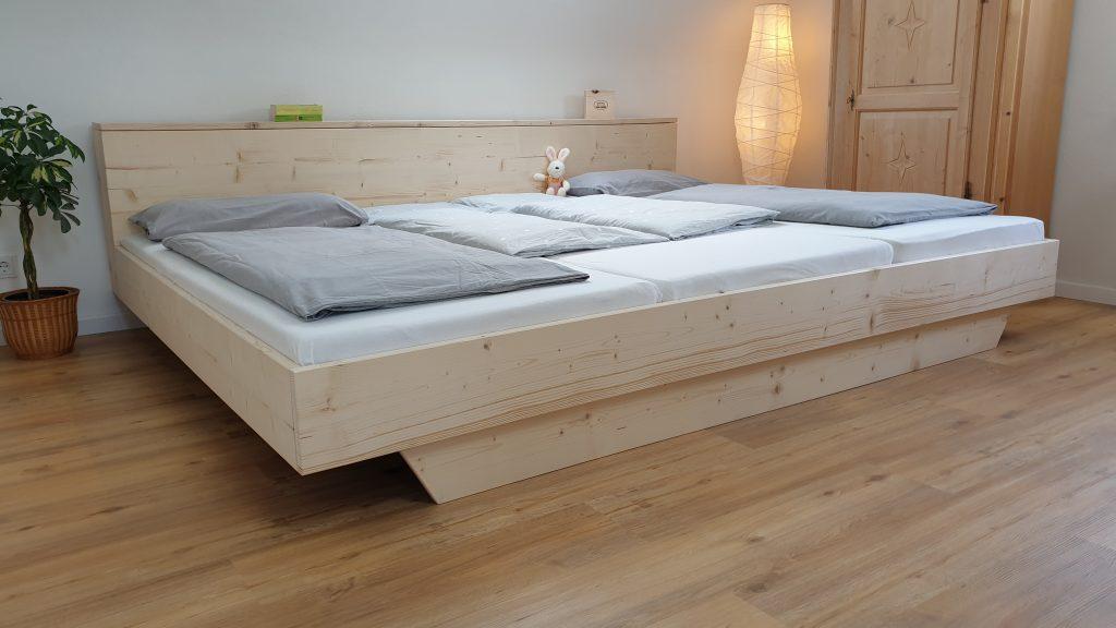 Familienbett aus Massivholz im skandinavischen Design